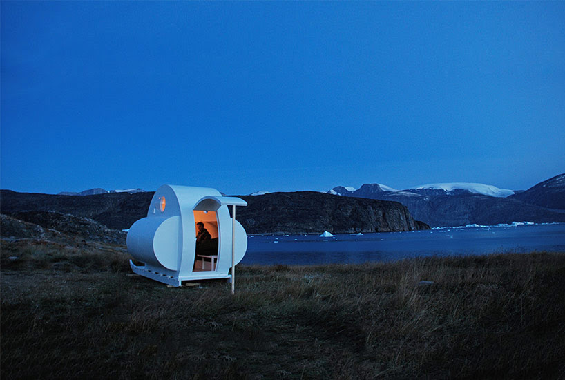 nomadic sled habitats by rob sweere move across the arctic