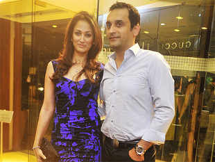 Oberoi holds forth on a variety of subjects - like Mumbai's outdated laws, the so-called North and South Mumbai divide and his marriage with actress Gayatri Joshi.