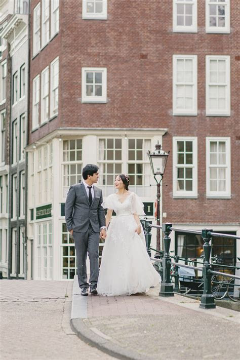 Elopement in Amsterdam   Best Wedding Blog
