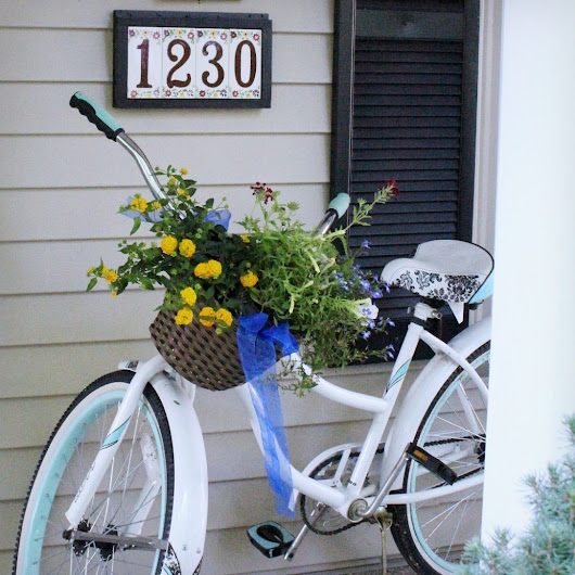 How to Make your Front Porch a Show-stopper for July 4th!