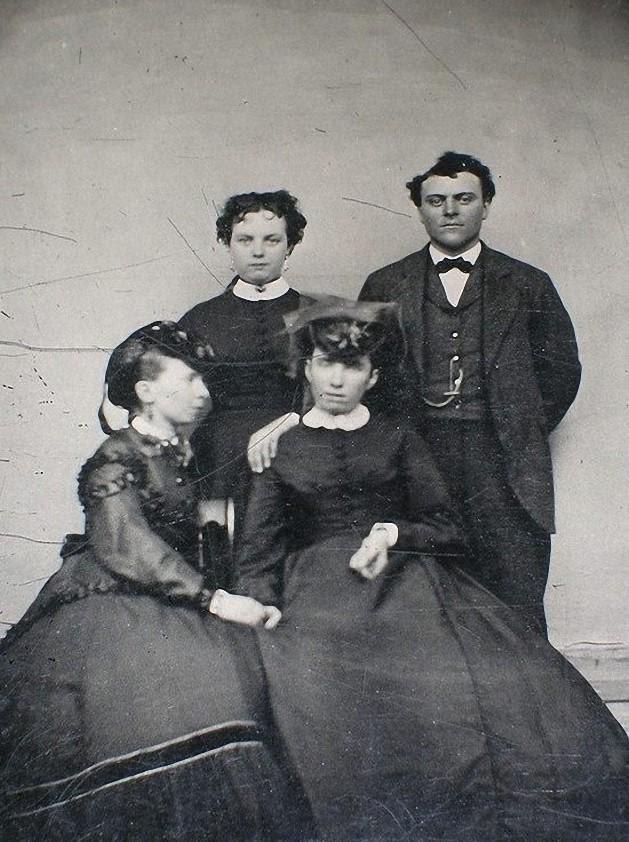 From1800s08 Посмертные портреты времен королевы Виктории