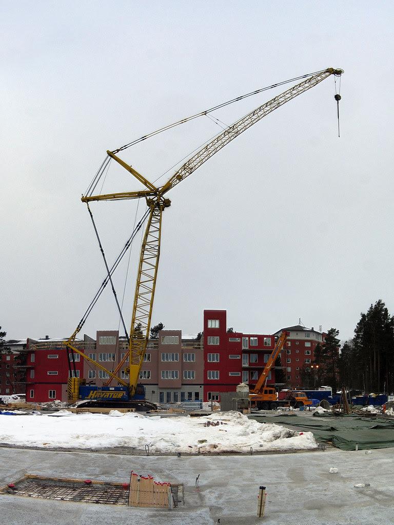A big crane
