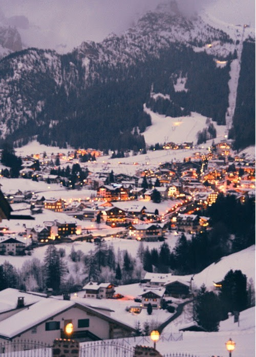 Resultado de imagen para mountain town tumblr