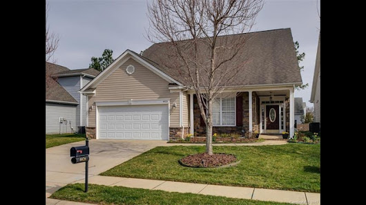 4426 Squirrel Trail Lane, Charlotte