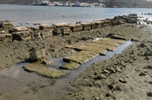 Greek Ministry of Culture: Port of ancient sea battle of Salamis discovered | TornosNews.gr