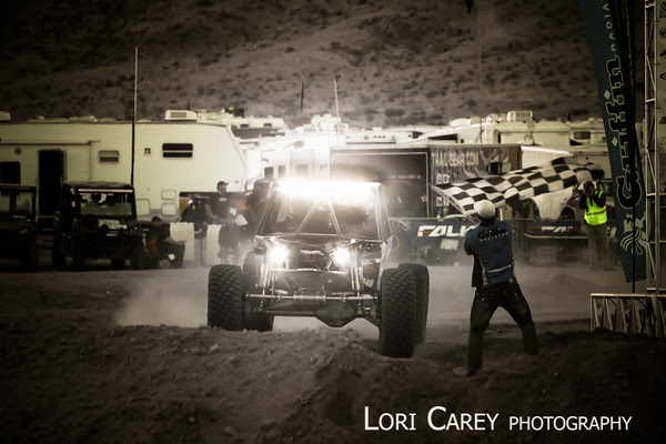 Randy Slawson takes the checkered flag for his second King of the Hammers win, Johnson Valley, California February 6, 2015