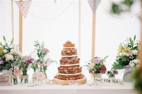 10 Ways To Have A Beautiful Budget Wedding   ROCK MY