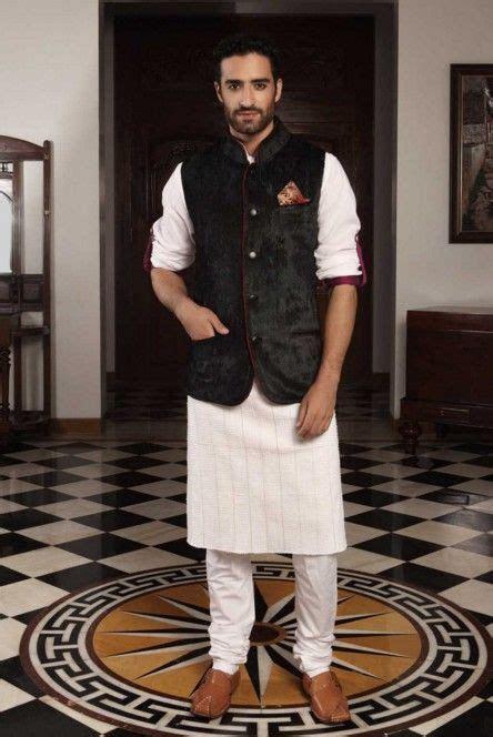 Indian Wedding Guest Outfits for Men: Kurtas, Indian