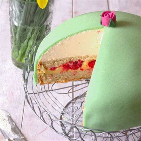 17 Best images about Princess cake on Pinterest   Birthday