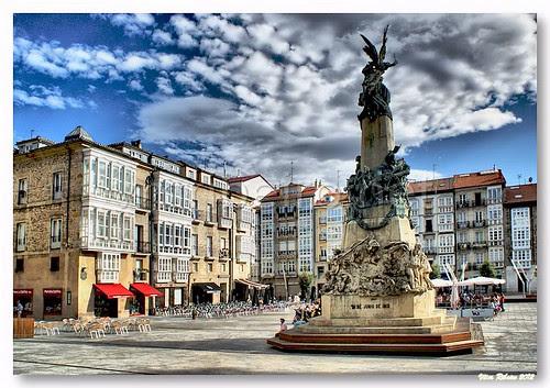 Praça da Virgem Branca #3 by VRfoto