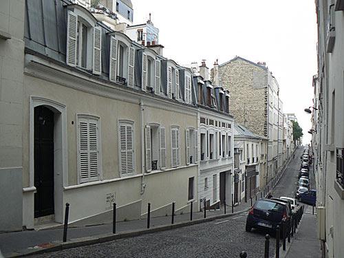 rue toute blanche.jpg
