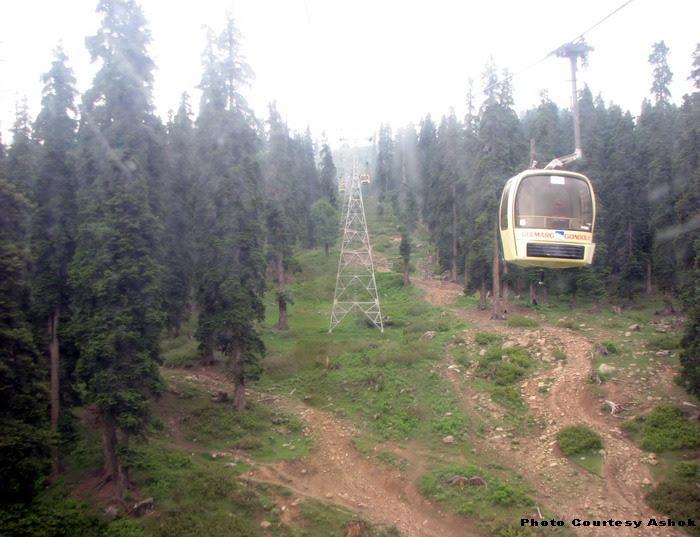 15 Gondola.jpg