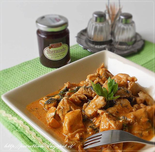 Bocconcini di pollo con yogurt e spezie