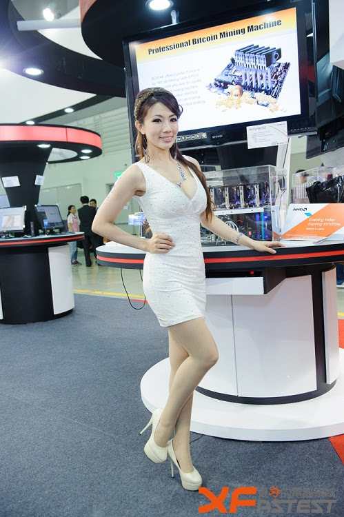 Booth Babes Computex 2014 (42)