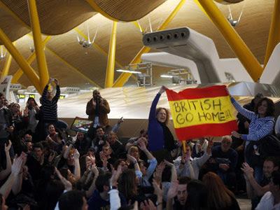 Trabajadores de Iberia ocuparon la T4 de Barajas durante la primera jornade de huelga, el pasado lunes.