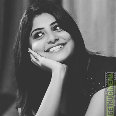 aym actress manjima mohan latest photoshoot gethu cinema
