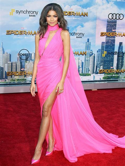 zendayas spider man homecoming premiere outfits