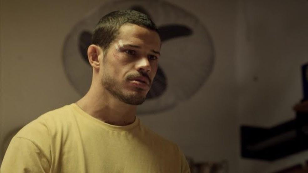 Ator José Loreto, durante filme 'Mais forte que o mundo — A história de José Aldo'' (Foto: Reprodução)