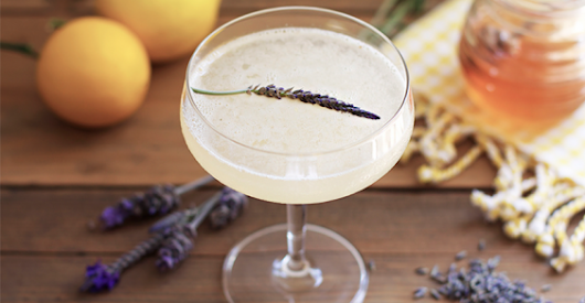 9 Flower-Infused Cocktails for When You're Feeling Fancy
