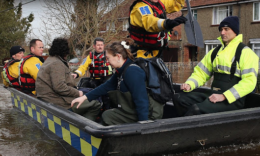 Flooding: Thousands face evacuation after 14 severe weather warnings