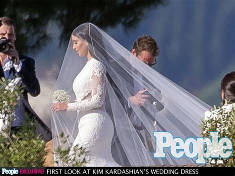 Kim Kardashian Wedding Photo : People.com