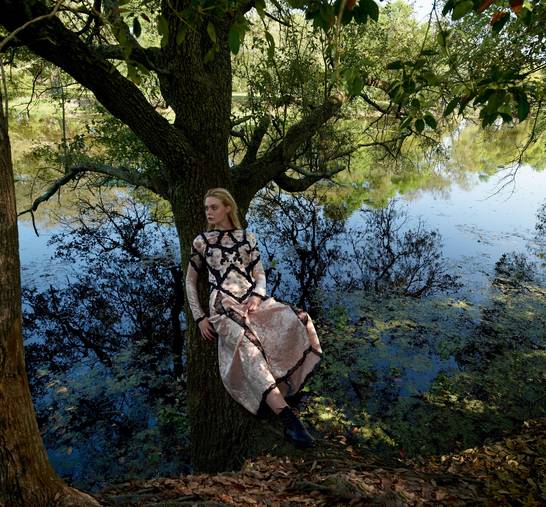 Картинки по запросу Annie Leibovitz, Vogue, June 2017 cover