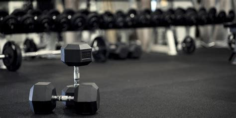 reasons  start lifting weights huffpost