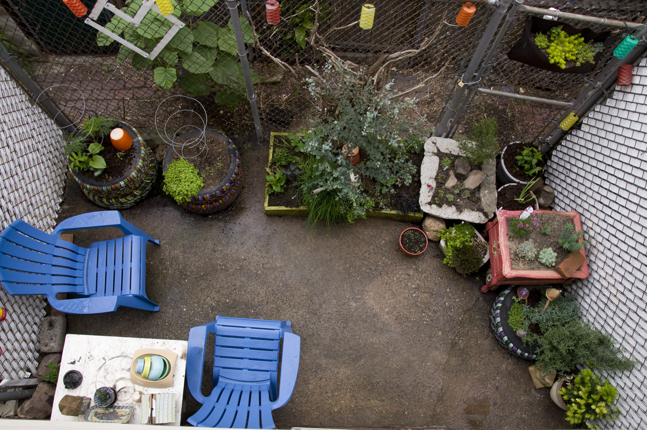 Vignettes : Some Thoughts on Garden Design in Small Spaces ...
