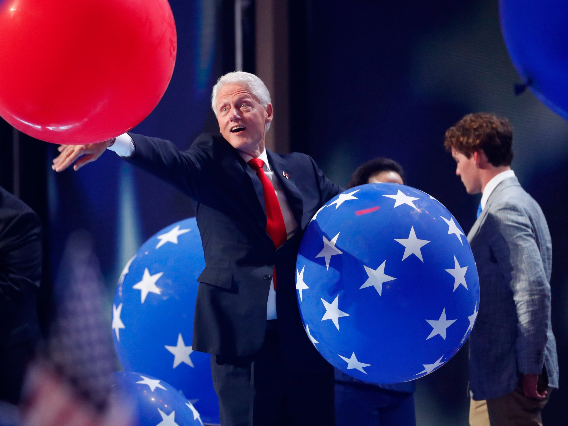 bill-clinton-dnc-balloons-1