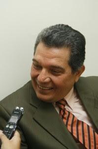El jefe de fracción del PLN, Fabio Molina, aseguró que es indispensable la aprobación de los proyectos en extraordinarias.