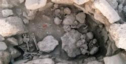 Los dos círculos de cráneos hallados en Tell Qarassa
