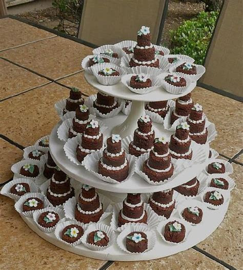 Best 25  Brownie wedding cakes ideas on Pinterest
