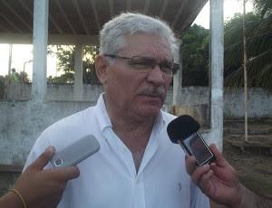 Maeterlinck Rêgo, médico do América-RN (Foto: Tiago Menezes)