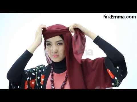 VIDEO : tutorial hijab segi empat modern - mau lihatmau lihattutorial hijablainnya? kamu bisa klik di sini https://www.pinkemma.com/magazine/category/tutorial. ...