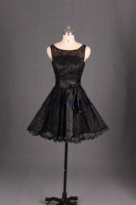 Short lace bridesmaid dress in black,cute women gowns for