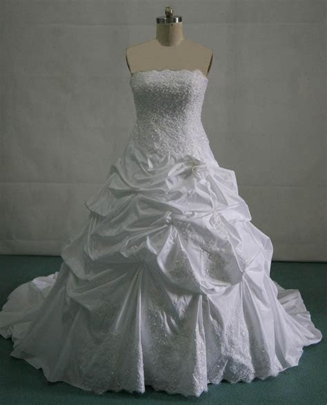Wedding pick up skirt   pick up wedding gowns.