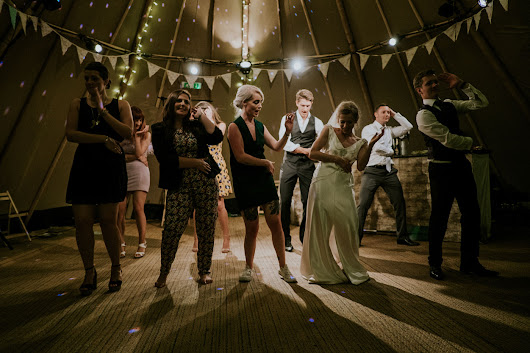 How to Create a Fabulous Festival Themed Wedding | CrowdPleaser