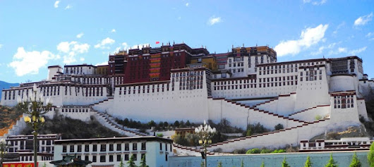 Proteste in Lhasa: Tibet brennt - China - Reisedepeschen