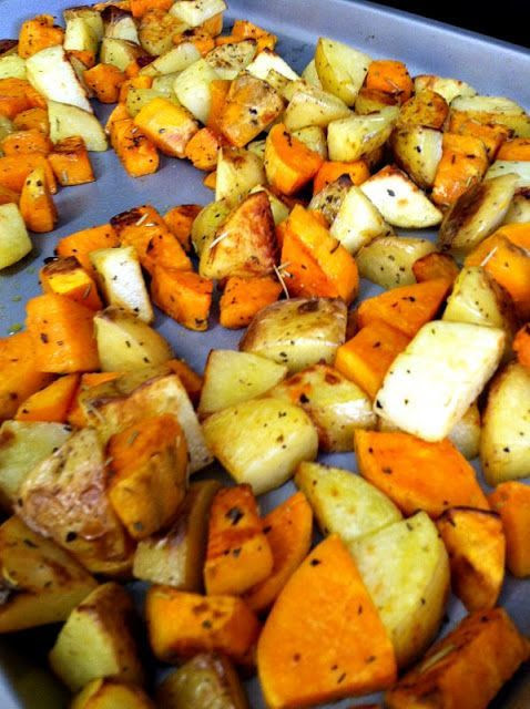 ROASTED WHITE AND SWEET POTATO MEDLEY on BakeSpace.com