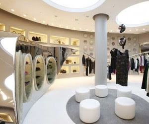 Best Logo Design: Fashion Boutique Interior With Modern Style