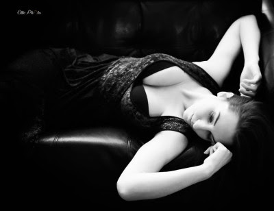 Professional intimate and boudoir photography in maryland