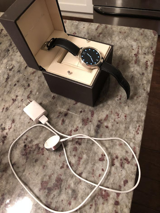 Huawei Watch (Smart Watch) For Sale - $120 on Swappa (JZB481)