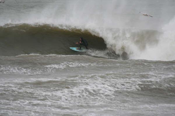 Surf Noord-Holland Barrel time