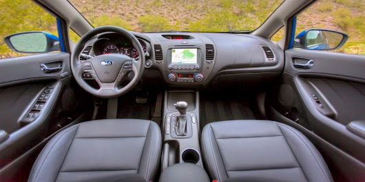 Kia Forte S Automatic: A Compact Car for Tech Lovers