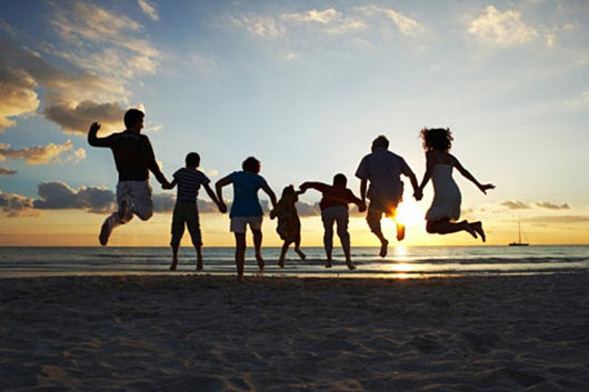 10 Tips on Smart Traveling with Kids - Mamiverse
