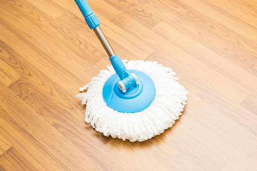 11 Tips for Cleaning Vinyl Floors | Reader's Digest