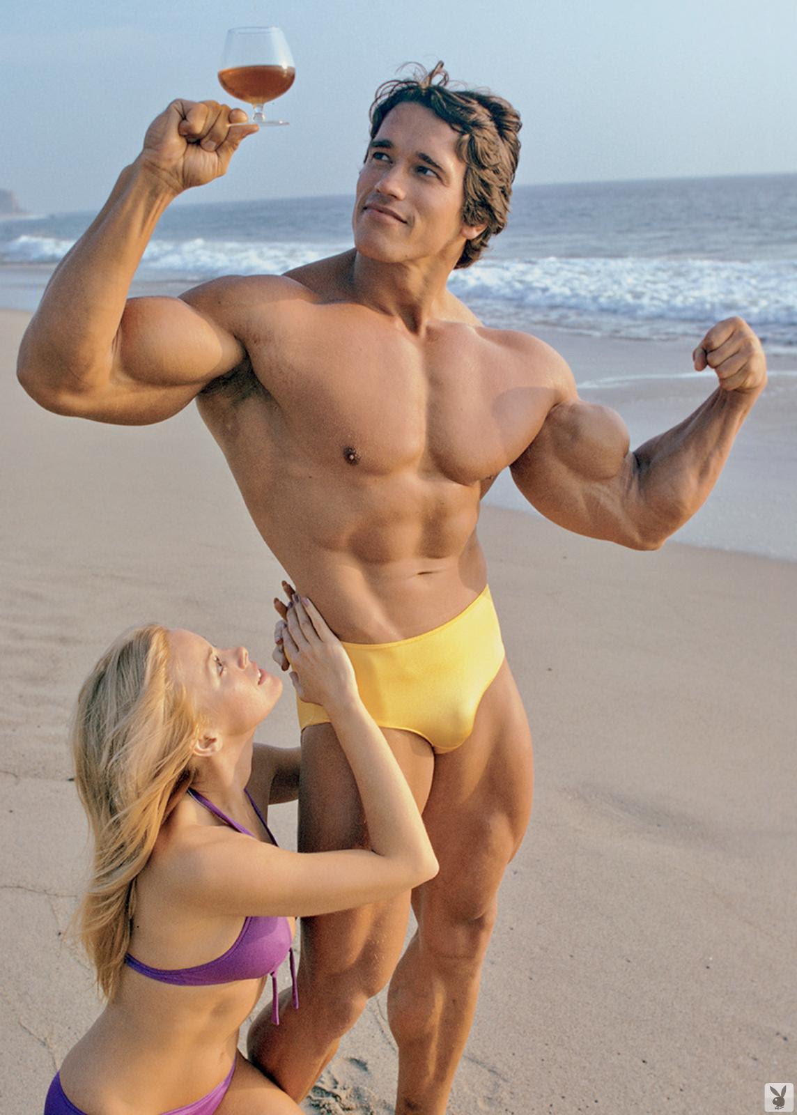 Arnold schwarzenegger beach