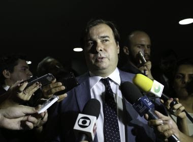 DEM deve anunciar candidatura de Maia à presidência depois do Carnaval, diz coluna