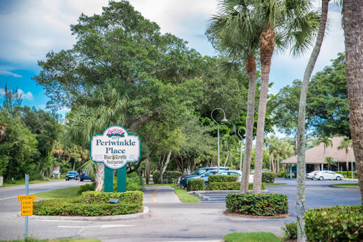 Periwinkle Place is Sanibel's Hub for Island Shopping & Dining  | Must Do Visitor Guides