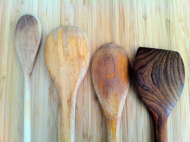 Comparison of Wood Utensils